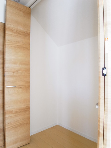 世田谷区野毛2丁目1号棟 戸建 2階 洋室2