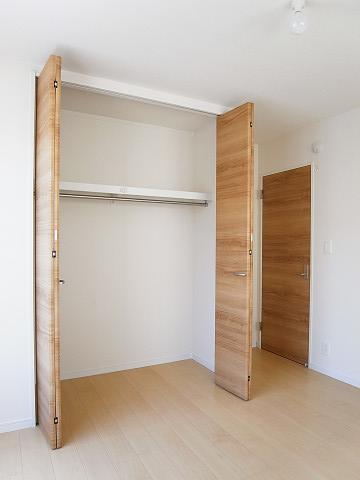 世田谷区野毛2丁目2号棟 戸建 2階 洋室2 収納