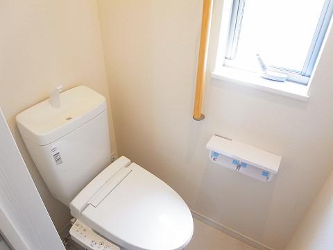 世田谷区野毛2丁目3号棟 戸建 トイレ