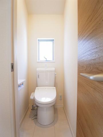 世田谷区野毛2丁目3号棟 戸建 2階 トイレ
