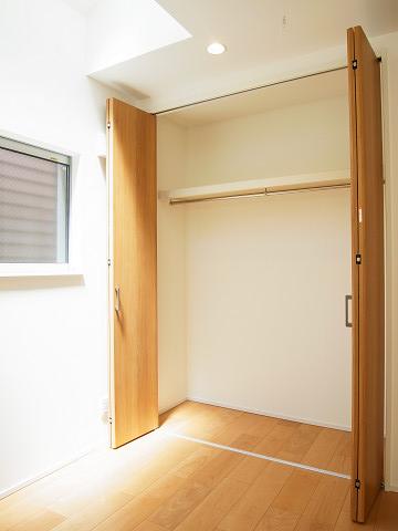 世田谷区桜2丁目A号棟 戸建 洋室3  収納