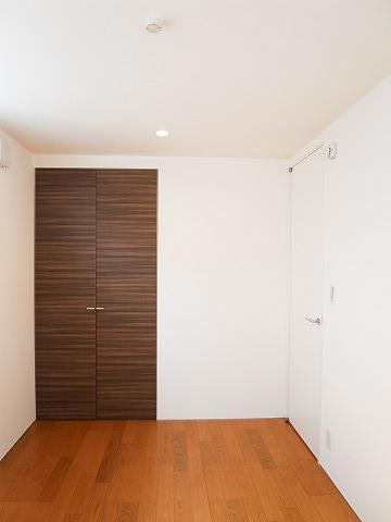 世田谷区新町1丁目 戸建て 洋室1 クローゼット