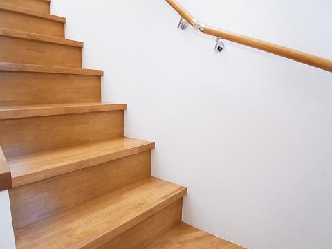 世田谷区新町1丁目 戸建て 階段