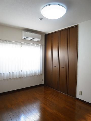目黒区柿の木坂2丁目 戸建て 2階 洋室2 クローゼット