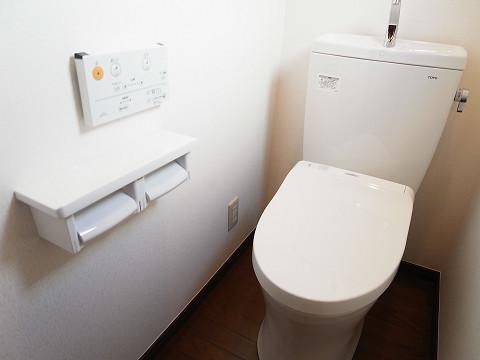 目黒区柿の木坂2丁目 戸建て 2階 トイレ