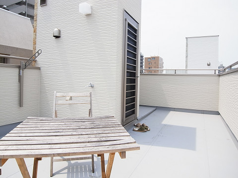 渋谷区幡ヶ谷3丁目c号棟 戸建 ルーフバルコニー