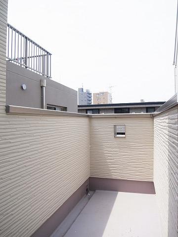 渋谷区幡ヶ谷3丁目c号棟 戸建 3階 バルコニー