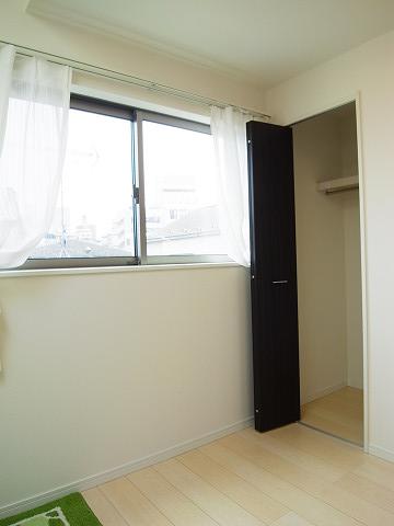 渋谷区幡ヶ谷3丁目c号棟 戸建 3階 洋室3 収納