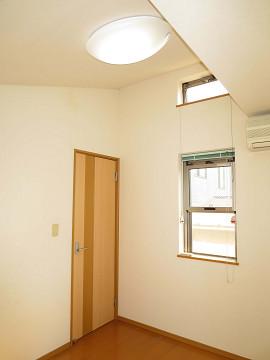 新宿区矢来町29丁目 戸建て 3階 洋室