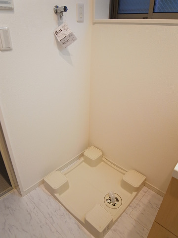 世田谷区松原5丁目 戸建て 洗濯機置場