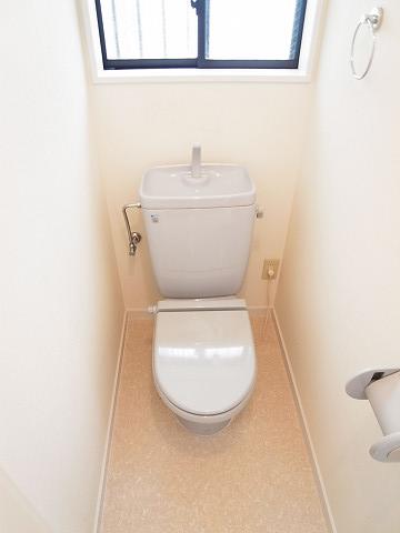 世田谷区下馬3丁目 戸建て トイレ