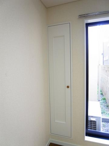 世田谷区下馬3丁目 戸建て 洋室1 収納