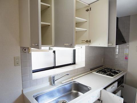 世田谷区下馬3丁目 戸建て キッチン 収納