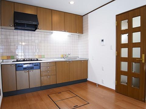 川崎市高津区諏訪2丁目 戸建て キッチン