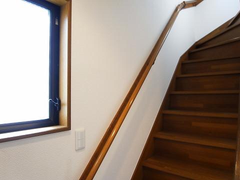 川崎市高津区諏訪2丁目 戸建て 階段