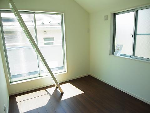 武蔵野市吉祥寺北町3丁目 新築一戸建て 洋室