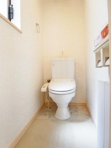 新宿区市谷薬王寺町 戸建て トイレ