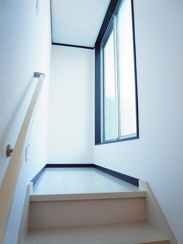 豊島区巣鴨4丁目 戸建 階段