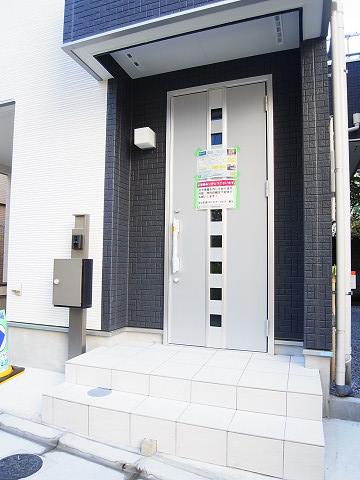 豊島区巣鴨4丁目 戸建 玄関