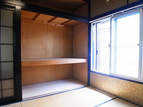 品川区西大井5丁目 戸建 A棟 2階 和室1 収納