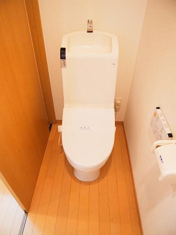 品川区西大井5丁目 戸建 トイレ