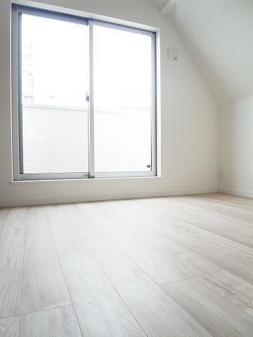 新宿区中落合4丁目 戸建 3階 洋室2