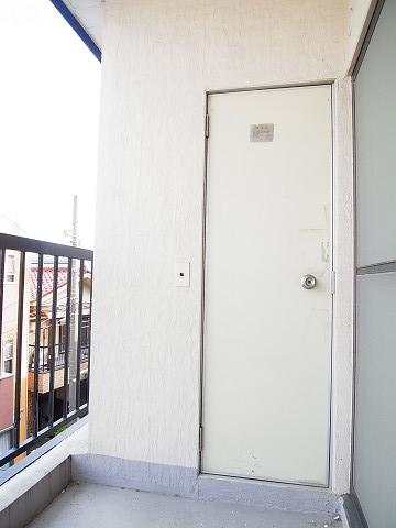 江東区北砂4丁目 テラスハウス 3階 バルコニー トイレ
