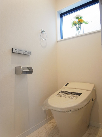 世田谷区深沢7丁目 戸建 トイレ