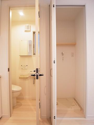 品川区西大井5丁目B号棟 戸建 トイレ