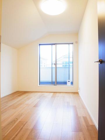 世田谷区瀬田5丁目B号棟 戸建 2階 洋室2