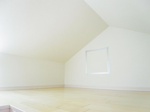 世田谷区桜丘4丁目3号棟 洋室2 小屋裏収納