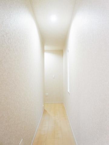新宿区中井2丁目 2号棟 廊下