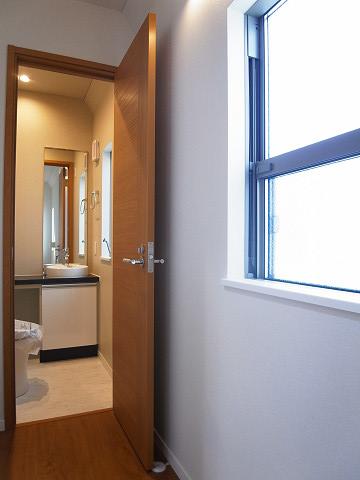 目黒区碑文谷1丁目 戸建 2階 トイレ