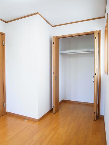 大田区東雪谷1丁目 戸建 洋室2 収納