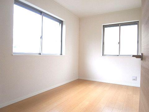 杉並区永福1丁目B号棟 戸建 洋室1