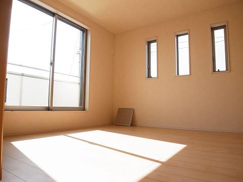 世田谷区千歳台2丁目4号棟 戸建 洋室3