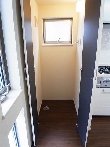 世田谷区梅丘2丁目A号棟 戸建 洗濯機置き場
